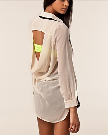 bluza cu spatele gol crem