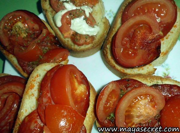 burschete-rosii-usturoi